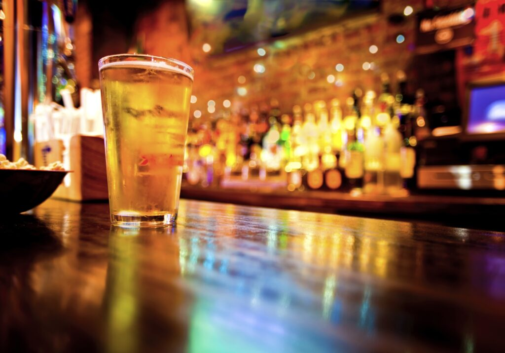 Best Bars for a Night to Remember in Hinton